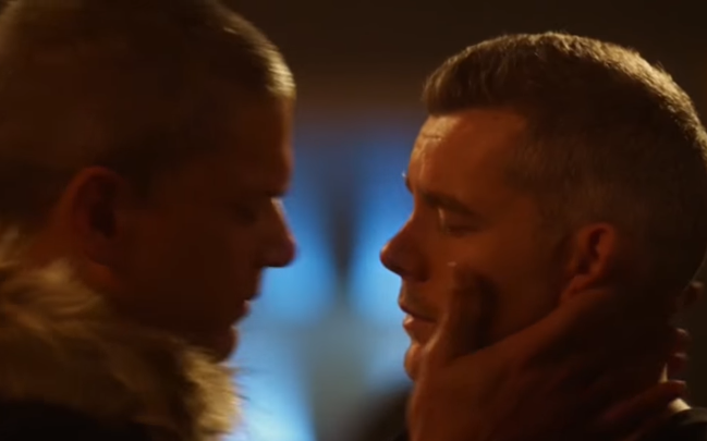 The Flash airs kiss between Wentworth Miller and Russell Tovey