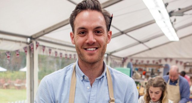 Bake Off star Tom Hetherington has the best response to alleged nude photo leak