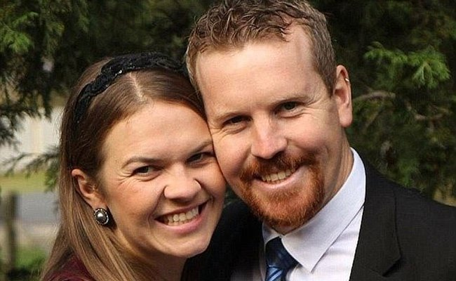 Australian couple who vowed to divorce if same-sex marriage was legalised backtrack after vote
