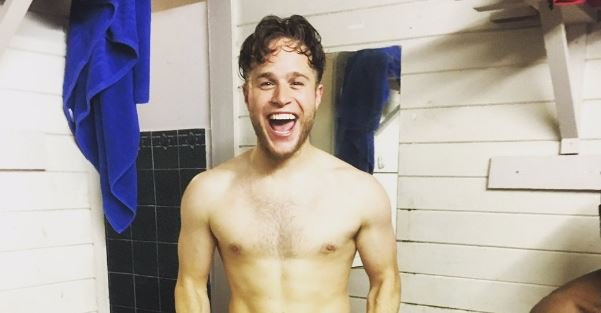 Olly Murs bends over and bares his bum in racy Instagram video