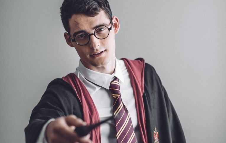 Harry Potter And The Explicit Magic Trick [Video]