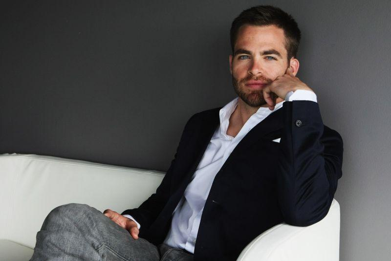 Chris Pine Compares his Penis to Michael Fassbender's