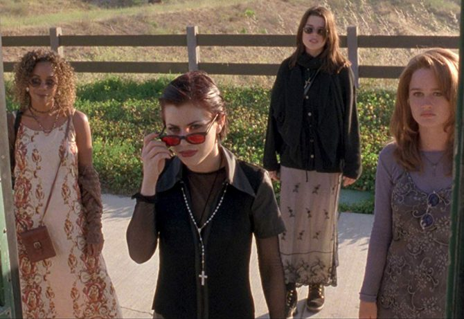 This Halloween, isn't it time we all channeled our inner goth chicks?
