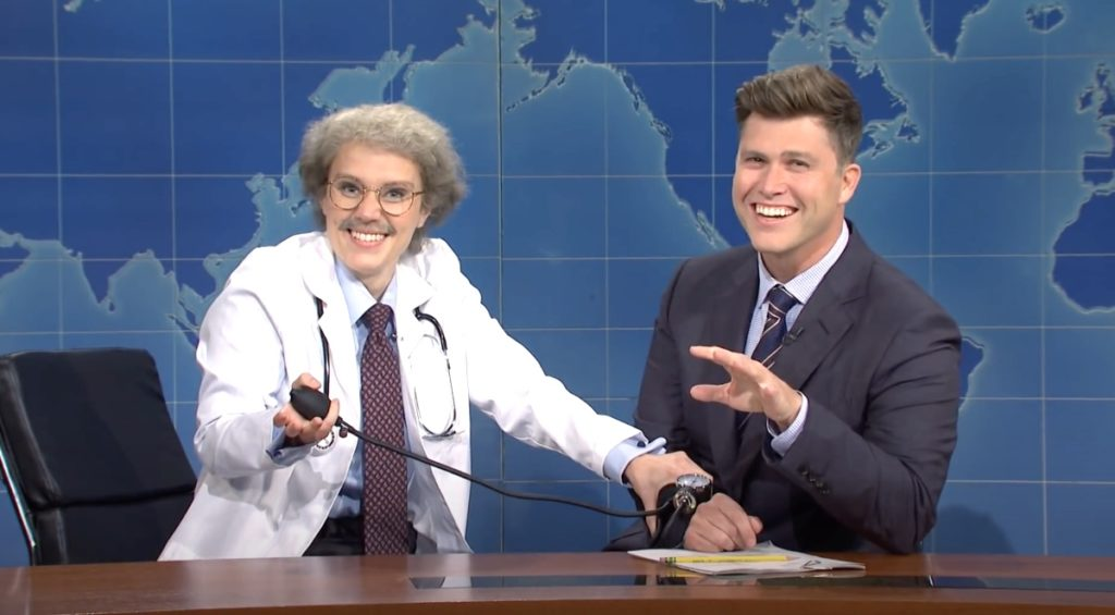 Kate McKinnon Hilariously Breaks Character as Trump's Doctor Wayne Wenowdis on SNL's Weekend Update: WATCH